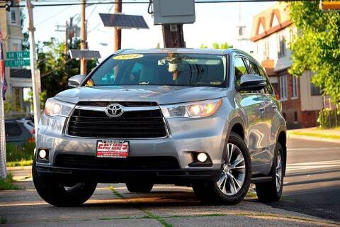 2014 Toyota Highlander for sale at Buy Here Pay Here Auto Sales in Newark NJ