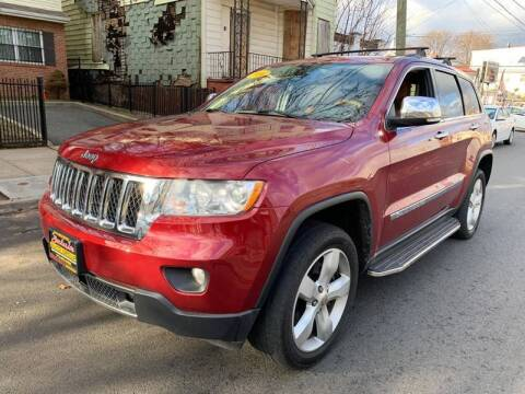 2013 Jeep Grand Cherokee for sale at Buy Here Pay Here Auto Sales in Newark NJ