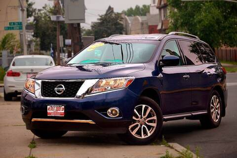 2015 Nissan Pathfinder for sale at Buy Here Pay Here Auto Sales in Newark NJ