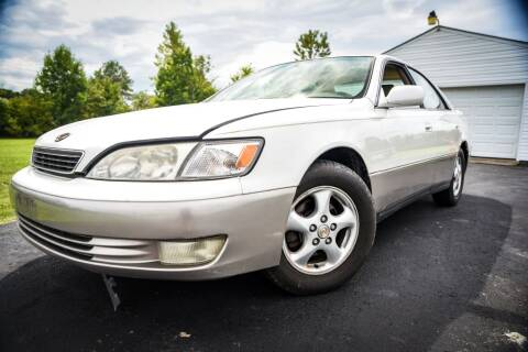 1998 Lexus ES 300 for sale at Glory Auto Sales LTD in Reynoldsburg OH