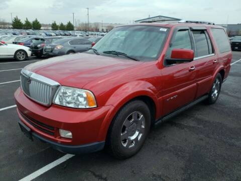 2005 Lincoln Navigator Luxury for sale at Glory Auto Sales LTD in Reynoldsburg OH