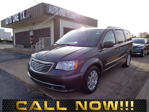 2016 Chrysler Town and Country for sale in Arlington, TX