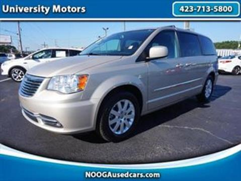 2015 Chrysler Town and Country for sale in Chattanooga, TN
