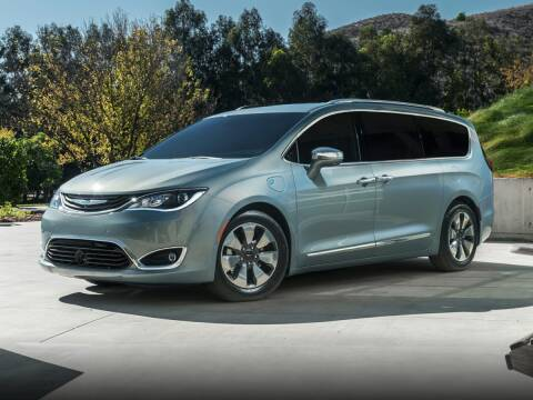 2020 Chrysler Pacifica Hybrid for sale at Kayser Chrysler Center of Watertown in Watertown WI