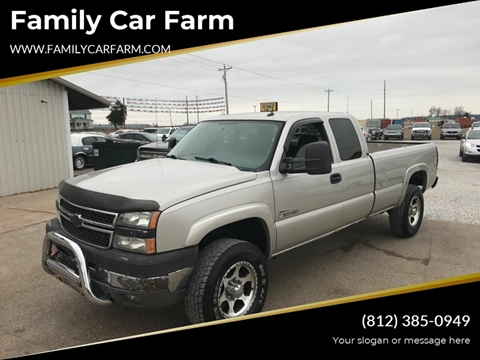 2005 Chevrolet Silverado 2500HD for sale at Family Car Farm in Princeton IN