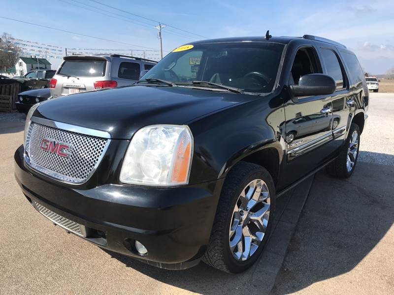 2008 GMC Yukon for sale at Family Car Farm in Princeton IN