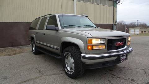1999 GMC Suburban for sale in Masury, OH