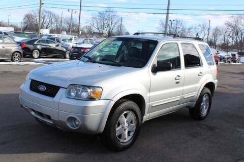 2006 Ford Escape Limited for sale at Road Runner Auto Sales WAYNE in Wayne MI