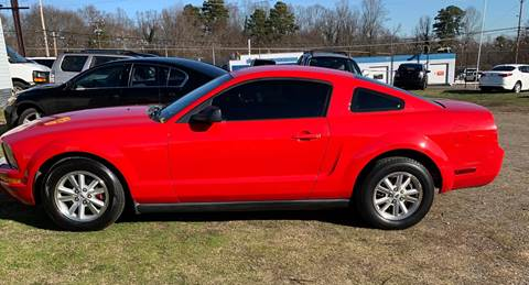2006 Ford Mustang for sale at Cutiva Cars in Gastonia NC