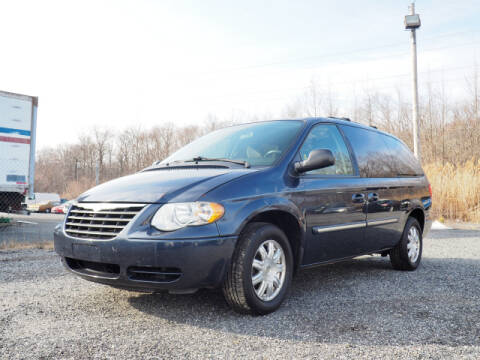2007 Chrysler Town and Country Touring for sale at Joppa Car and Truck World in Joppa MD