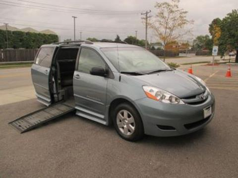 2010 Toyota Sienna for sale in Niles, IL