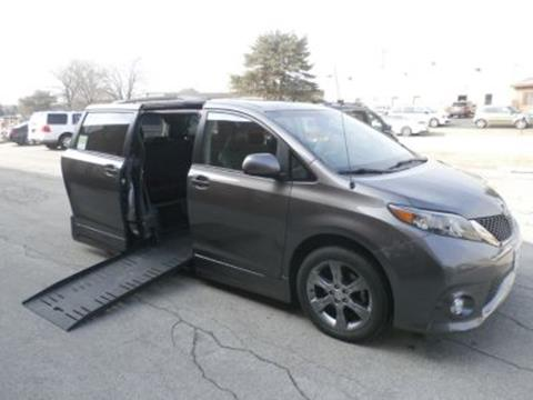 2011 Toyota Sienna for sale in Villa Park, IL