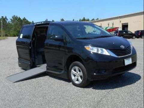2017 Toyota Sienna for sale in Fort Myers, FL