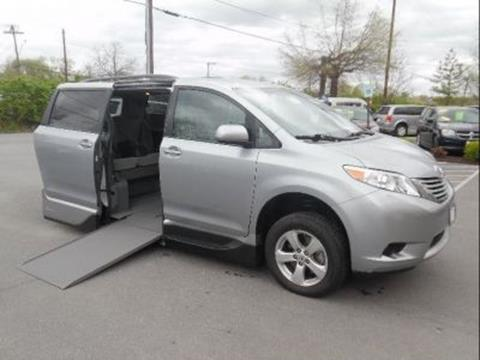 2017 Toyota Sienna for sale in Beltsville, MD