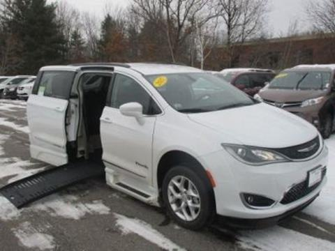 2017 Chrysler Pacifica for sale in Londonderry, NH