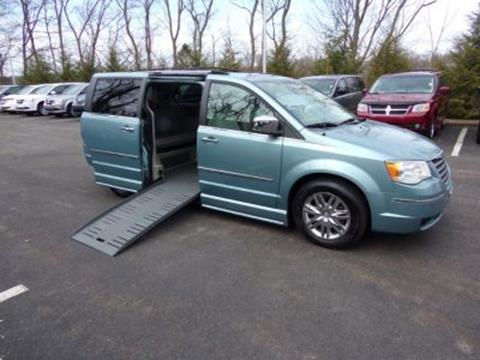 2010 Chrysler Town and Country for sale in Monroeville, PA