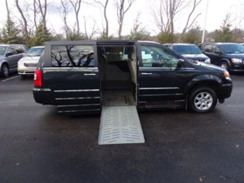 2011 Chrysler Town and Country for sale in Monroeville, PA