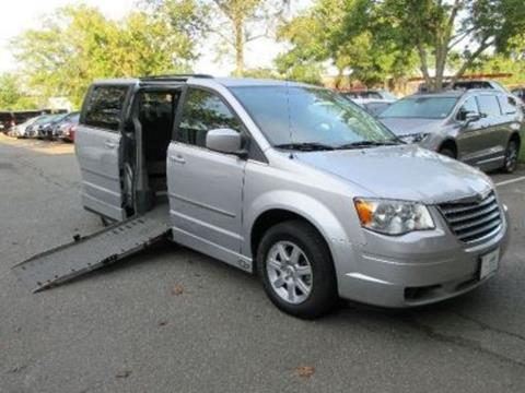 2010 Chrysler Town and Country for sale in Alexandria, VA