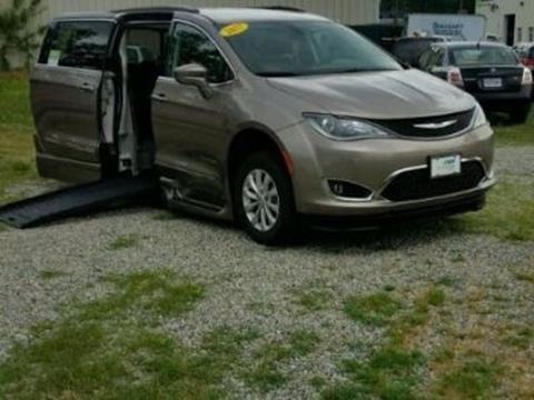 2017 Chrysler Pacifica for sale in Richmond, VA