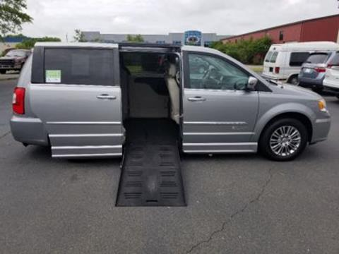 2013 Chrysler Town and Country for sale in Columbia, SC