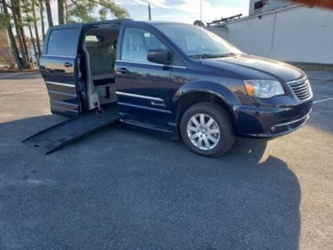 2016 Chrysler Town and Country for sale in Bear, DE