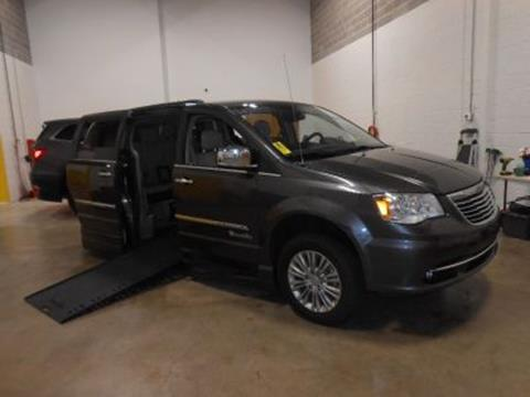 2016 Chrysler Town and Country for sale in Windsor Mill, MD