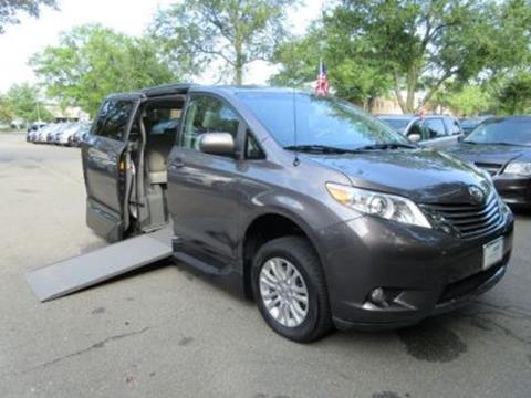 2013 Toyota Sienna for sale in Alexandria, VA