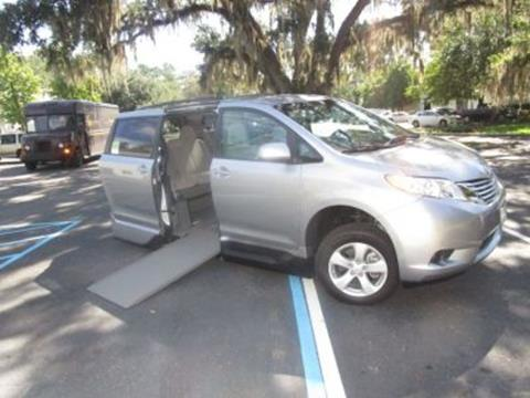 2017 Toyota Sienna for sale in Tallahassee, FL