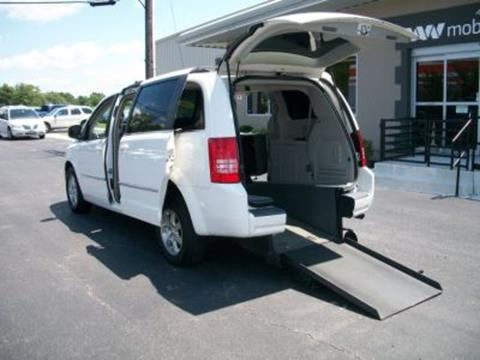 2010 Chrysler Town and Country for sale in Bear, DE