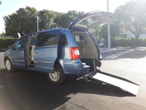 2012 Chrysler Town and Country for sale in Miami, FL