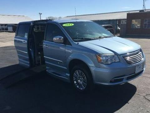 2013 Chrysler Town and Country for sale in Buda, TX
