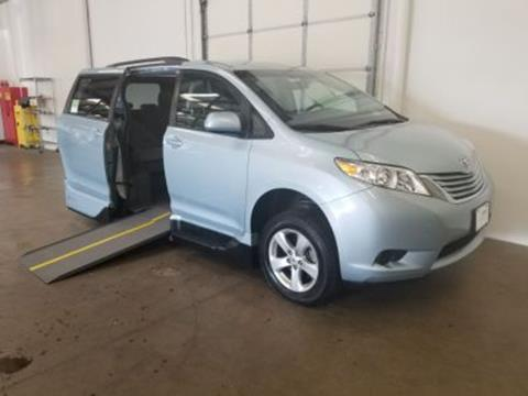 2015 Toyota Sienna for sale in Mesquite, TX