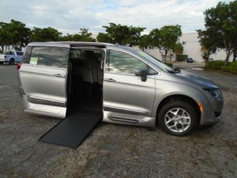 2019 Chrysler Pacifica for sale in Fort Lauderdale, FL