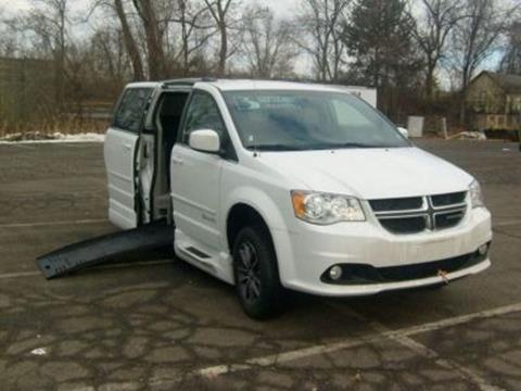 2017 Dodge Grand Caravan for sale in East Hartford, CT