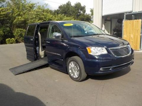 2016 Chrysler Town and Country for sale in Orlando, FL