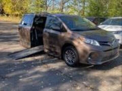 2018 Toyota Sienna for sale in Monroeville, PA