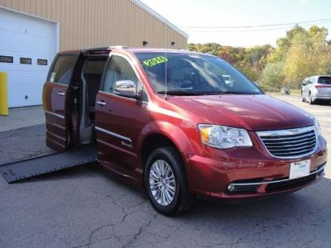 2016 Chrysler Town and Country for sale in North Attleboro, MA