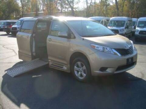 2014 Toyota Sienna for sale in East Hartford, CT