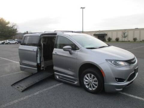 2018 Chrysler Pacifica for sale in Allentown, PA