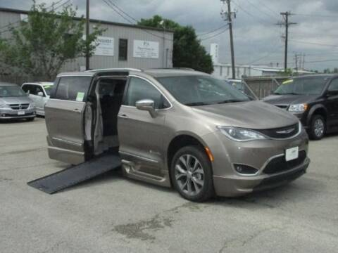 2018 Chrysler Pacifica Limited for sale at MobilityWorks Corporate - MobilityWorks (Austin) in Buda TX