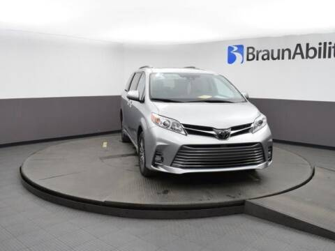 2019 Toyota Sienna for sale at MobilityWorks Corporate - MobilityWorks (Ft Lauderdale) in Fort Lauderdale FL