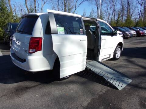 2013 Dodge Grand Caravan Crew for sale at MobilityWorks Corporate - MobilityWorks (Windsor Mill) in Windsor Mill MD