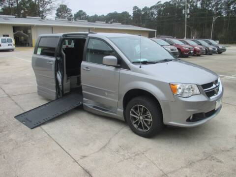2017 Dodge Grand Caravan SXT for sale at MobilityWorks Corporate - MobilityWorks (Jacksonville) in Jacksonville FL