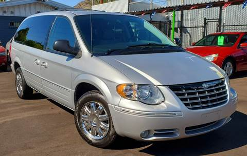 2006 Chrysler Town and Country for sale in Phoenix, AZ