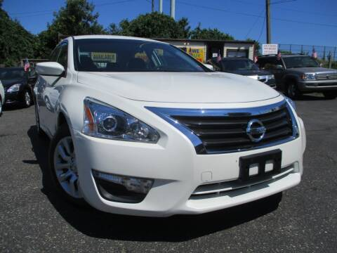 2015 Nissan Altima for sale at Unlimited Auto Sales Inc. in Mount Sinai NY