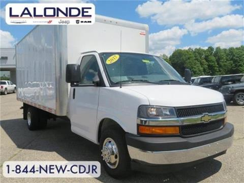 2017 Chevrolet Express Cutaway for sale in Imlay City, MI