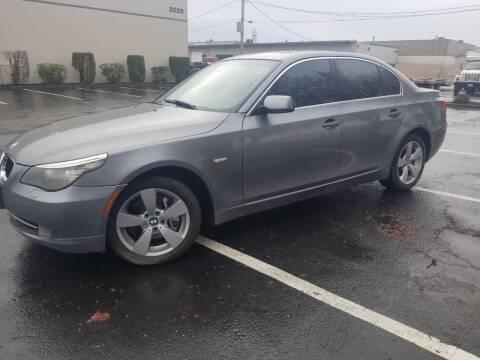 2008 BMW 5 Series 528xi for sale at Rynok Auto Sales LLC in Auburn WA