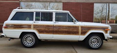 1990 Jeep Grand Wagoneer for sale at Auto Wholesalers in Saint Louis MO