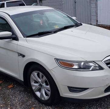 2011 Ford Taurus for sale in Wilmington, DE