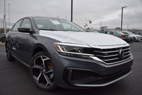 2020 Volkswagen Passat 2.0T R-Line for sale at Muller Subaru Volkswagen in Highland Park IL